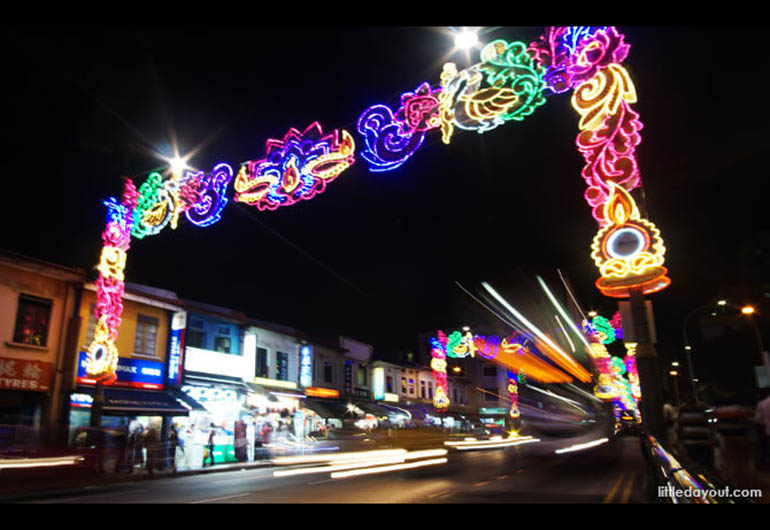 Hari Raya Light Up in Geylang Serai Bazaar Singapore